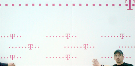 				TELEKOM Logo Wall				